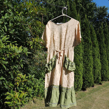 Boho Chic Dress Mori Girl Large Upcycled Lagenlook Prairie Chic Summer Dress / Chic Clothing Dress / Romantic Boho  Quirky Ruched Dress