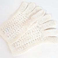 White Mesh Gloves Vintage Spring Summer Gloves Church Gloves Short Gloves Easter Gloves White Mesh Gloves Womens Gloves Glove Size Small