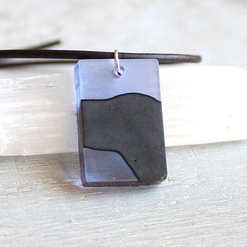 Rectangle necklace - violet and black