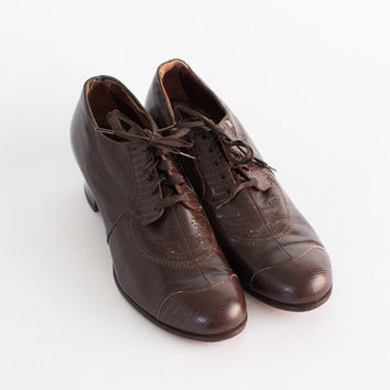 40s Brown Leather OXFORDS / Vintage 1940s Perforated Swing Shoes, 8