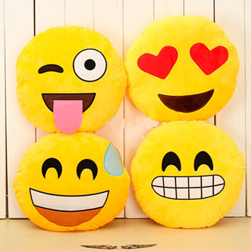Hot Emoji Cushion Smiley Face Expression Round Cushion home Pillow Stuffed Plush Soft Warm Toy Home Decorative Pillow GM25