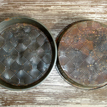 Vintage Bakerex Pie Tins, Crownware Cake Pans, Crown Ware, Set of 2, Pair, Rusty Rustic Kitchen Farmhouse Shabby Cottage Chic Home Decor