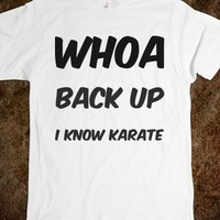 I KNOW KARATE GRAPHIC T-SHIRT