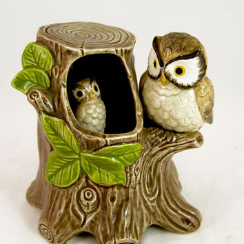 """Vintage Otagiri Japan Owls Moving Music Box Plays Captain & Tennille """"Love Will Keep Us Together"""" -"""