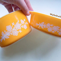 Vintage Butterfly Gold Set of 2 Pyrex Ovenware Dishes 1960s