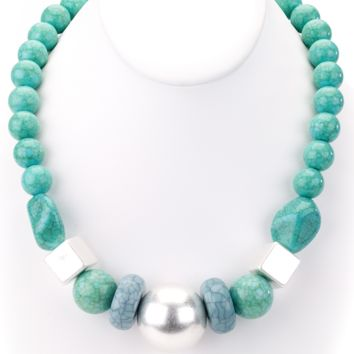 Chunky Beaded Turquoise Short Necklace
