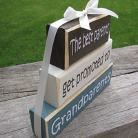 "Pregnancy Announcement. Wood Block Stack:""The Best Parents Get Promoted to Grandparents"" - Pregnancy announcement. GIft for Grandpa, Grandma"