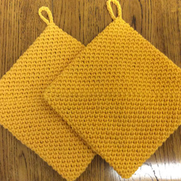 Gold color pot holders, double thick cotton hot pads, hand crochet, party gift, game prize, kitchen pot holders, door prize, shower gift