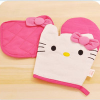 1 X New Kitchenwear- Oven Mitts & Pot Holders Set of 2-hello Kitty Style