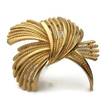 Crown Trifari Brooch Pin - Abstract Gold Tone Flourish - Signed Vintage Designer Jewelry - Shawl Sweater Pin - Brutalist Statement Brooch