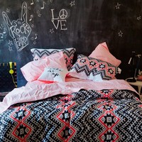 Aeropostale Women's Aztec Bed In A Bag Set Twin Oxford Pink
