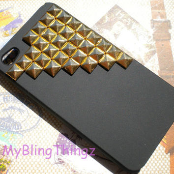 Bronze Metal Brass Pyramid Studs on Natural Black Case Cover for Apple iPhone 4 4G 4S AT&T Verizon Sprint