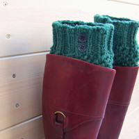 10% OFF! Forest green hand knitted boot cuffs in wool/ Textured buttoned legwarmers