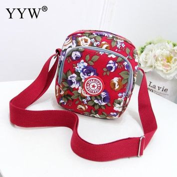 Family Friends party Board game Fashion Female Shoulder Bag Red Canvas Women Handbags Blue Zipper Floral Crossbody Bags 2017 Casual Women Small Bag AT_41_3
