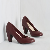 Vintage Inspired Excellence Achievement Heel in Cabernet by ModCloth