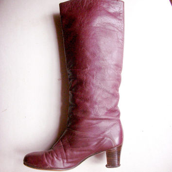 Vintage boots - Slouchy burgundy 1970s pull-on Hush Puppies boots with stacked heel - US 7 M