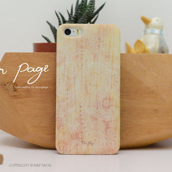 Apple iphone case for iphone iphone 5 iphone 5s iphone 5c iphone 4 iphone 4s  :Classic vintage floral pattern on wood (Not real wood)