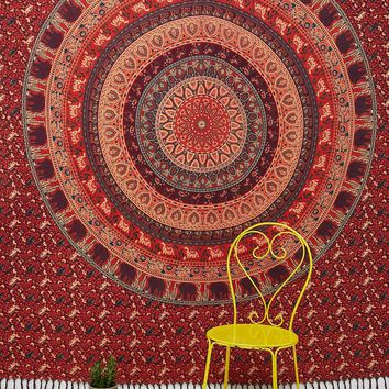 Menagerie Medallion Tapestry - Urban Outfitters