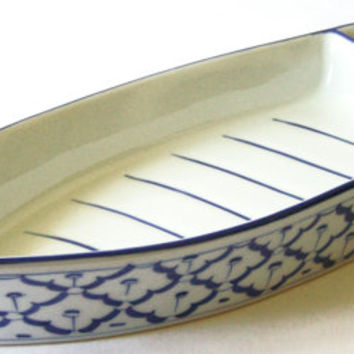 "CERAMIC Boat Shaped PLATE #1 Hand Painted Partition Asian Blue White Platter Serving Dish Kitchen Home Decor 13""x4.8""x2.1"" New Ships frm USA"