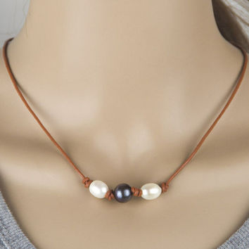 Fashion Handom 3 Pearl and Leather Choker + Free Random Necklace = 2Pcs Necklace -03322