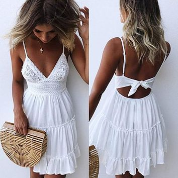 019 Summer Ladies Bohemian Beach Sexy Spaghetti Strap Deep V-neck Dress Casual Sleeveless Backless Bow Lace Patchwork Dresses