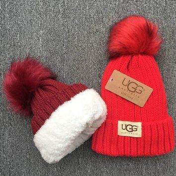 DCCKNQ2 UGG Knit And Pom Hat Cap5
