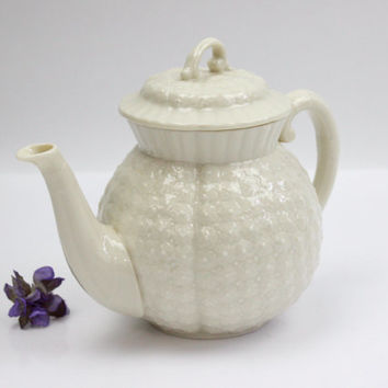Lenox Hawthorne Tea Pot / Limited Edition / Embossed Flowers