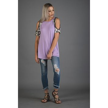 Lilac Purple Top with Leopard Cold Shoulder (S-XL)