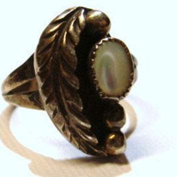 Mother of Pearl Sterling Silver Ring Sz 6 by Frances Begay Native American Vintage Jewelry