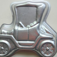 Vintage Model T Shaped Wilton Cake Pan 1975