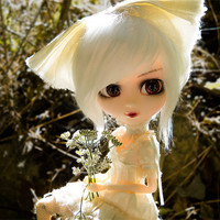 Pullip Size Faux Fur Doll Wig in Black, Brown, White (9 - 10)