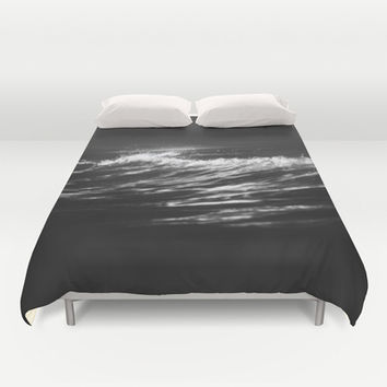 Battle cry Duvet Cover by HappyMelvin