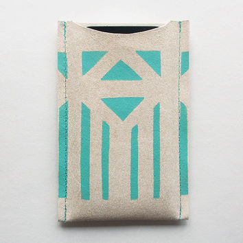iPhone 5 sleeve // beige leather with mint pattern
