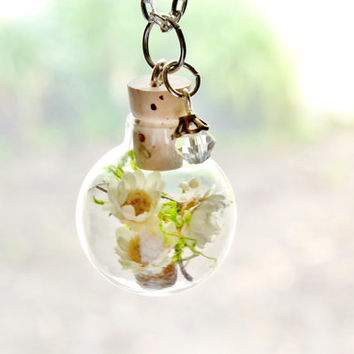 Natural Ivory Flower Terrarium Necklace Nature Jewelry Glass Globe Necklace Real Moss Pendant Glass Orb Necklace