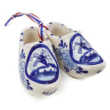 Embossed Windmill Delft Shoes