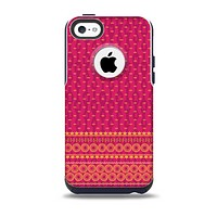 The Tall Pink & Orange Floral Vector Pattern Skin for the iPhone 5c OtterBox Commuter Case