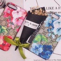 GUCCI PRINT FLOWER The new hot style gucci printed tianzhu blue red sunflower iphone6p iphone7 mobile phone case i7p