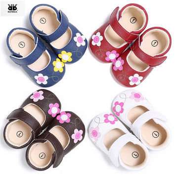 ROMIRUS Vintage 2017 Baby Girl Leather Shoes Anti-slip Casual Children Flower Soft Sole Crib Sneakers Shoes for Newborn Girls