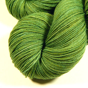Hand Dyed Yarn - Sock Weight 4 Ply Superwash Merino Wool Yarn - Laurel - Knitting Yarn, Sock Yarn, Wool Yarn, Fingering Yarn, Green Yarn