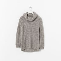 ROLL NECK KNITTED SWEATER