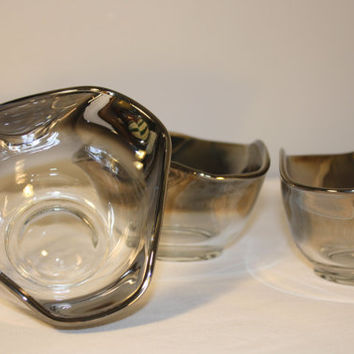 Set of Three Mod Glass Nesting Bowls, Condiment Dish, Mid Century Modern Silver Trim Wavy Bowl, Serving Dish