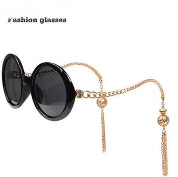 New Fashion Retro Women Sunglasses Lantern Tassel Chain Frame Sun Glasses Baroque Vintage Round Ladies Sunglasses Gafas de Sol