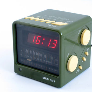 Vintage Alarm Clock Radio Siemens RG 261 German Design Olive Green