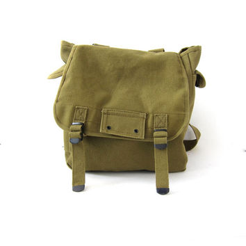vintage army green rucksack. canvas messenger bag. cotton backpack.