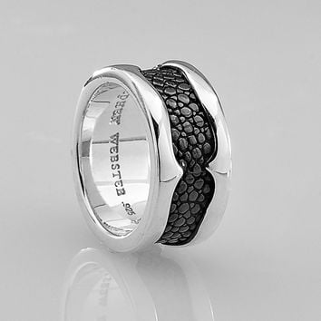 Stephen Webster Rayman Rayskin Textured Band Ring