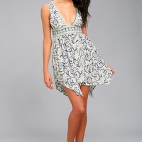 Early Morning Rain White Print Lace-Up Dress