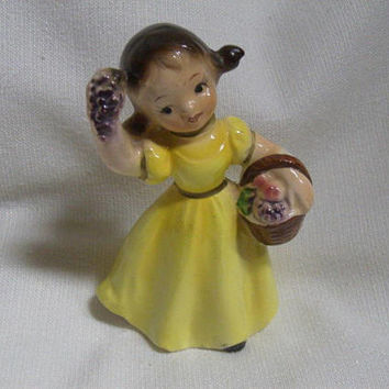 Vintage 60s 70s Autumn Lipper & Mann Girl Figurine Basket  JAPAN The Four Seasons Yellow Dress