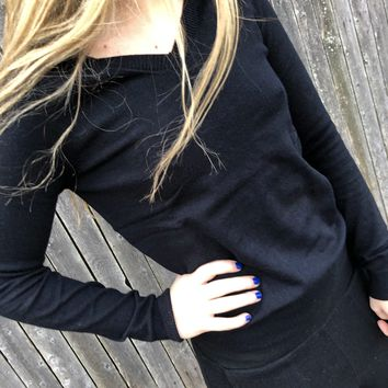 Black V Neck Essential Sweater