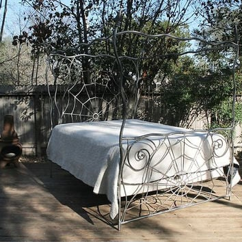 iron bed, canopy, queen size,wrought iron bed, Gothic , spiderweb,metal bed frame,king size,bed,bedding,bedroom decor,Halloween,bondage