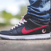 "NIKE SB Dunk Low Shrimp Sneaker "" Shrimp ""313170-060"